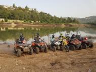 טרקטורוני האגם